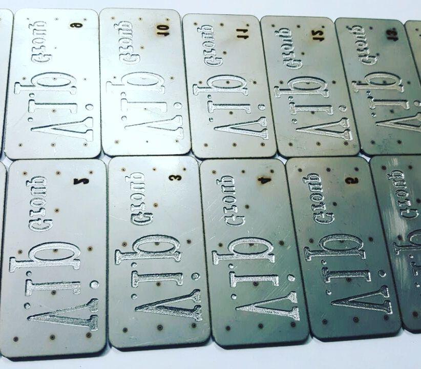 ارائه انواع خدمات حکاکی فلزات