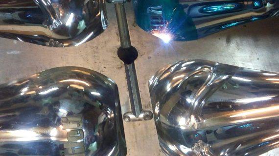 حکاکی لیزری قطعات صنعتی